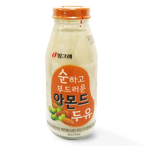 Sữa Đậu Nành Binggrae Hạnh Nhân Chai 200Ml