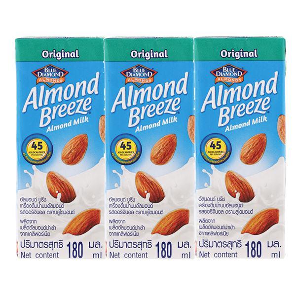 Lốc 3 Sữa Hạnh Nhân Almond Breeze Nguyên Chất Hộp 180Ml