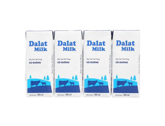Lốc 4 Sữa Tươi Tiệt Trùng Dalat Milk Có Đường Hộp 180Ml