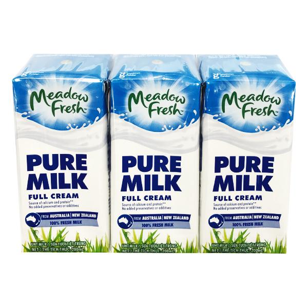 Lốc 3 Sữa Tươi Tiệt Trùng Meadow Fresh Nguyên Kem 200Ml